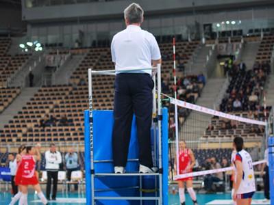 the main referee